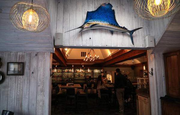Big waves at Montauk Seafood Grill