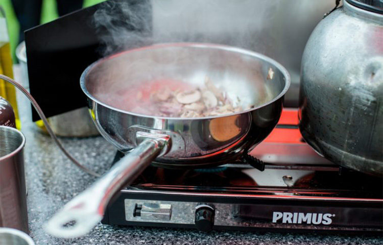 DOWN 'N DIRTY: PRIMUS TUPIKE STOVE